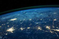 Россиянам в Нью-Йорке: исследование от Atlantic Council (вознаграждение $20)