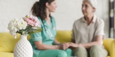 Требуется сиделка для женщины 60 лет с рассеянным склерозом в Германии